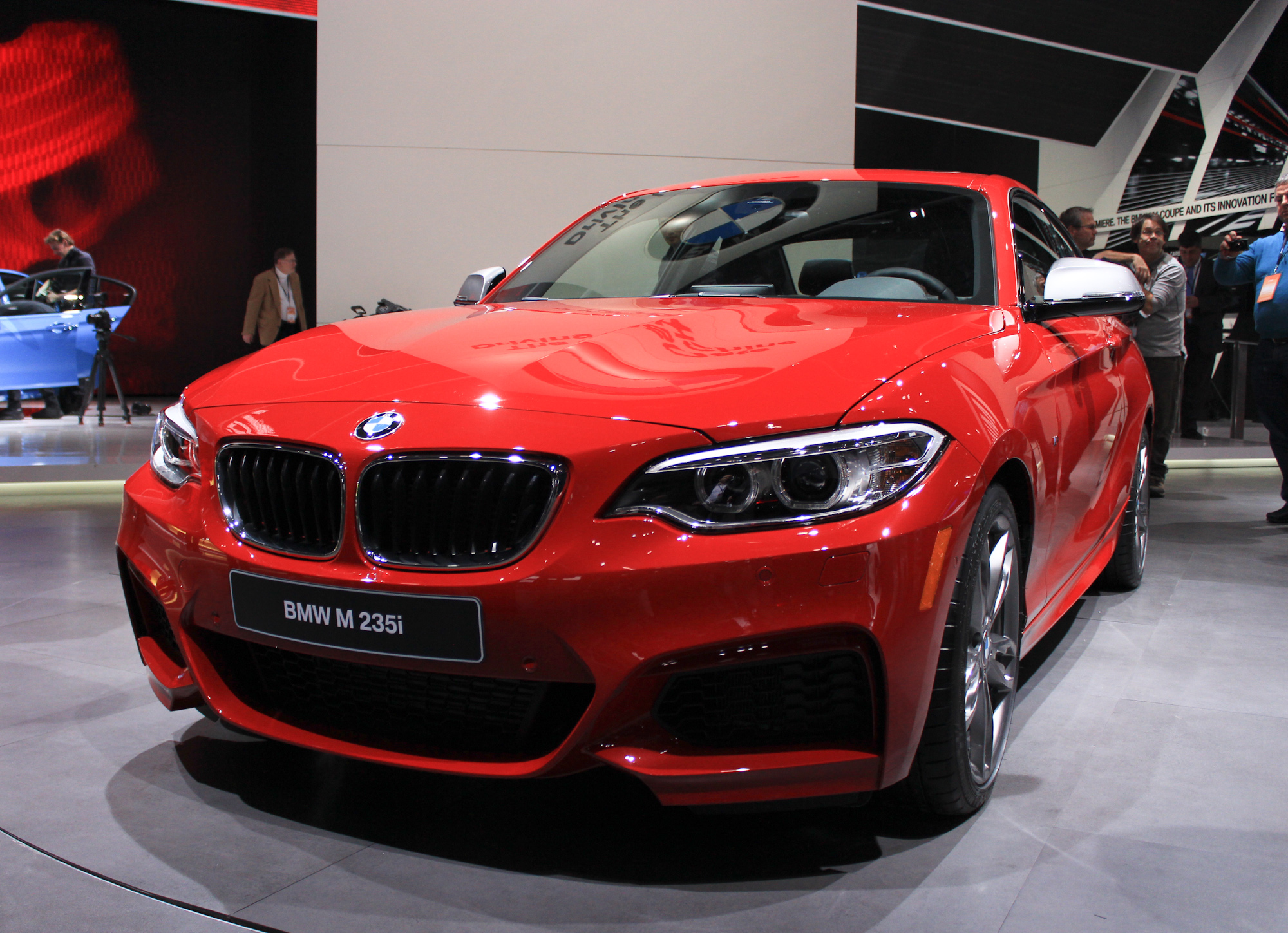 BMW Series Debuts In Detroit Video Live Photos - Bmw 228i 2013