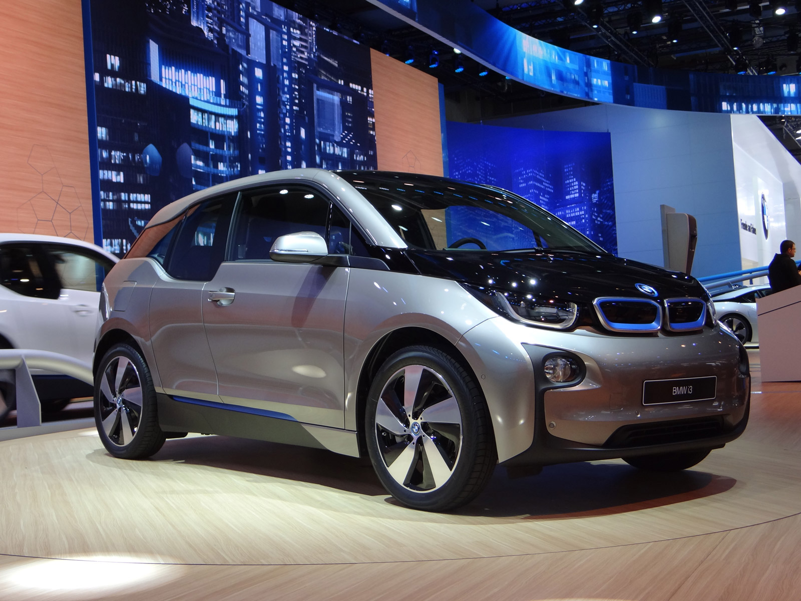2014 bmw i3 live photos 2013 frankfurt auto show. Black Bedroom Furniture Sets. Home Design Ideas
