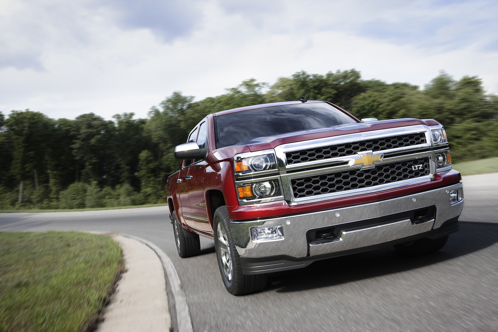 2014 Chevrolet Silverado, GMC Sierra recalled over power