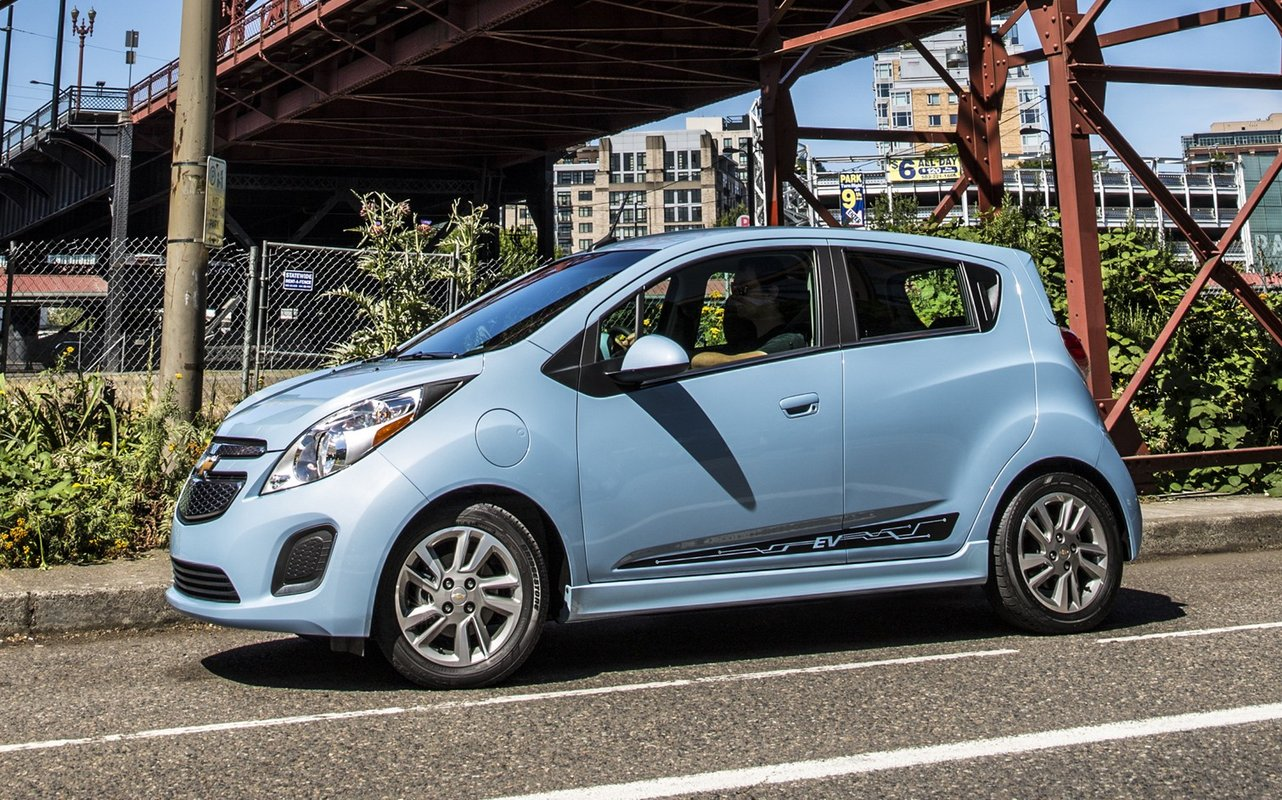 2014 chevrolet spark ev we drive the world 39 s most efficient car. Black Bedroom Furniture Sets. Home Design Ideas