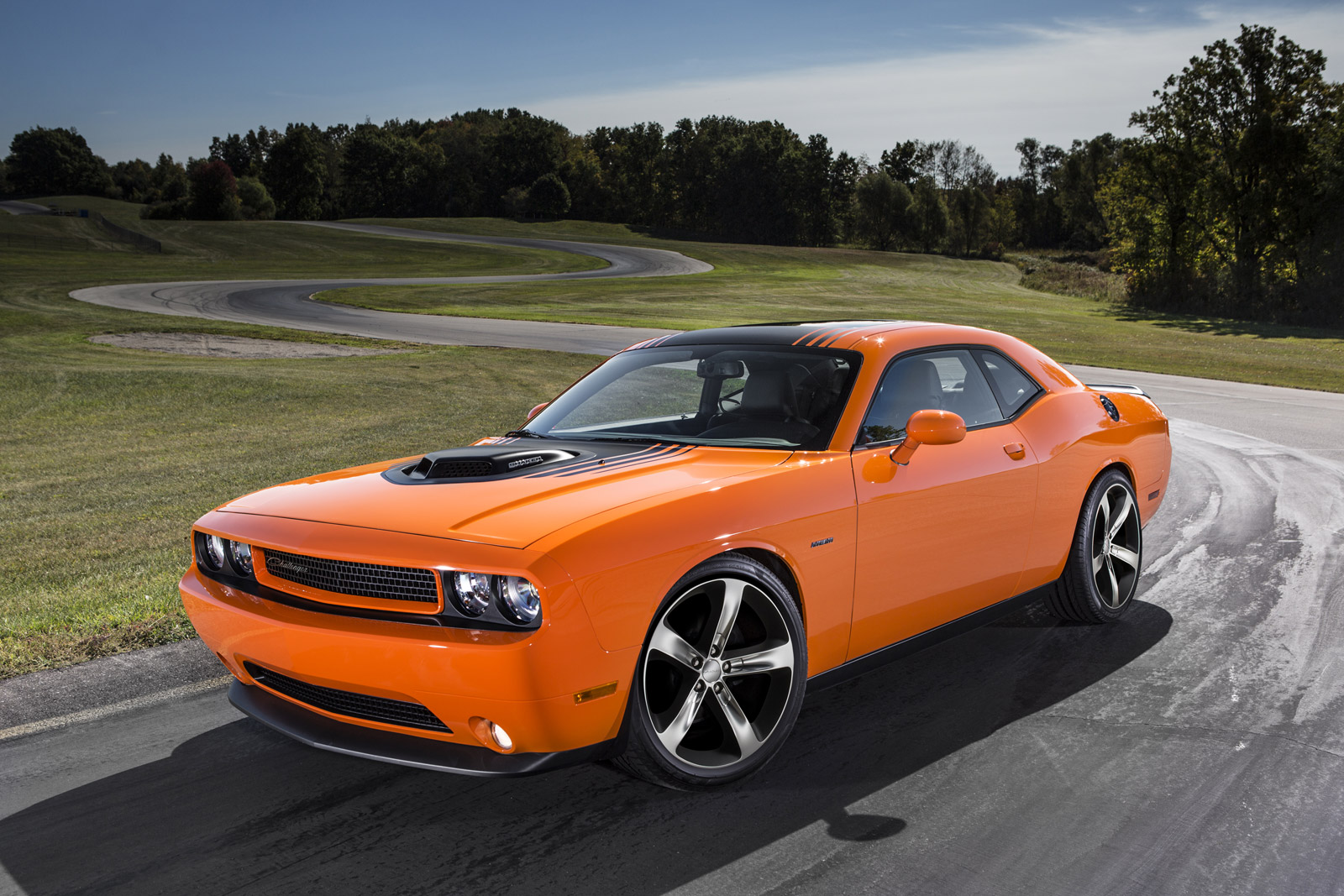 2014 Dodge Challenger Prices And Expert Review The Car Connection