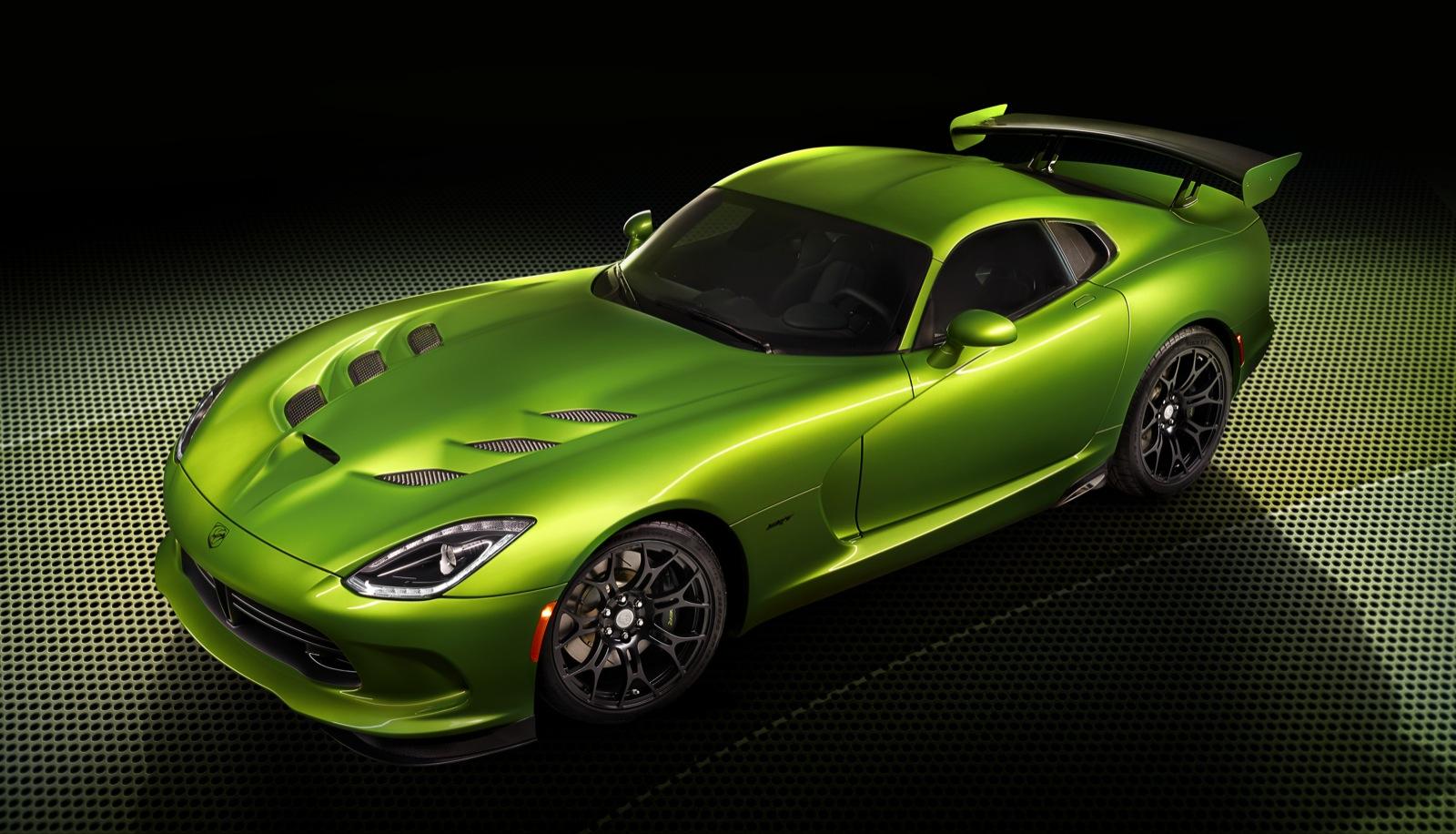 2014 Srt Viper Gets Mid Grade Gt Model Stryker Green Color