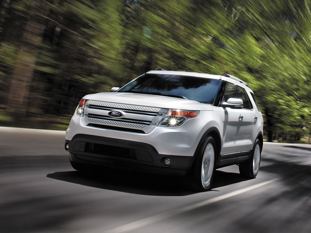 2014 Ford Explorer Review Ratings Specs Prices And Photos