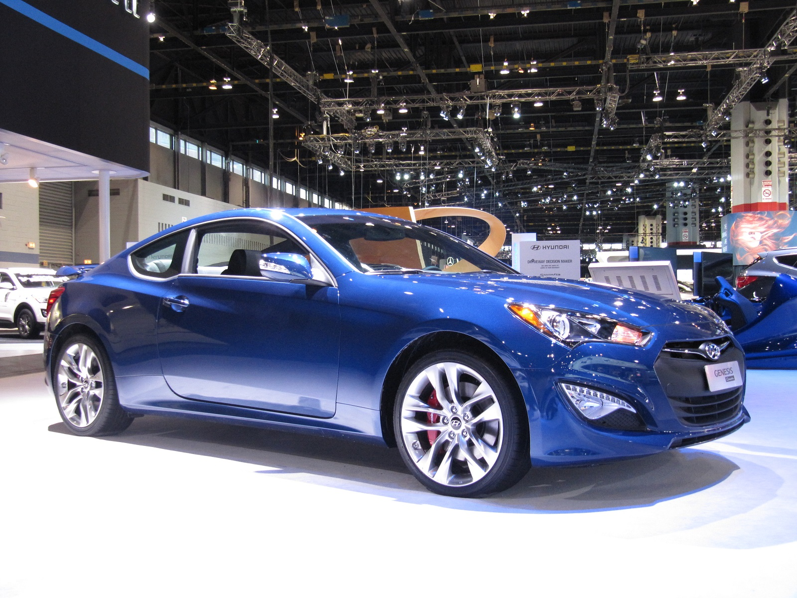 2014 Hyundai Genesis Review Ratings Specs Prices And Photos The Car Connection