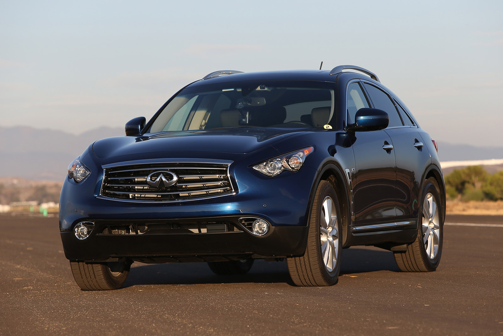 first details on the next infiniti qx70 fx. Black Bedroom Furniture Sets. Home Design Ideas