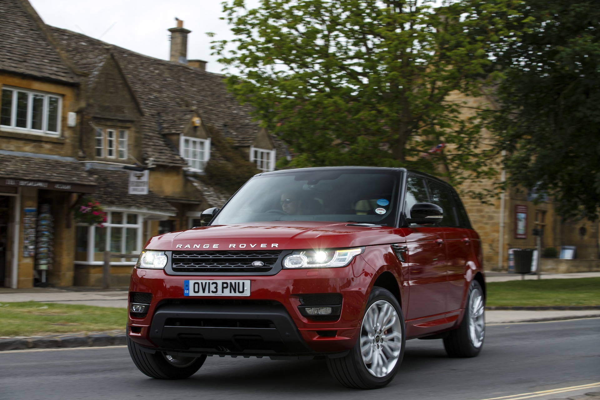 2014 land rover range rover sport priced from 63 495. Black Bedroom Furniture Sets. Home Design Ideas