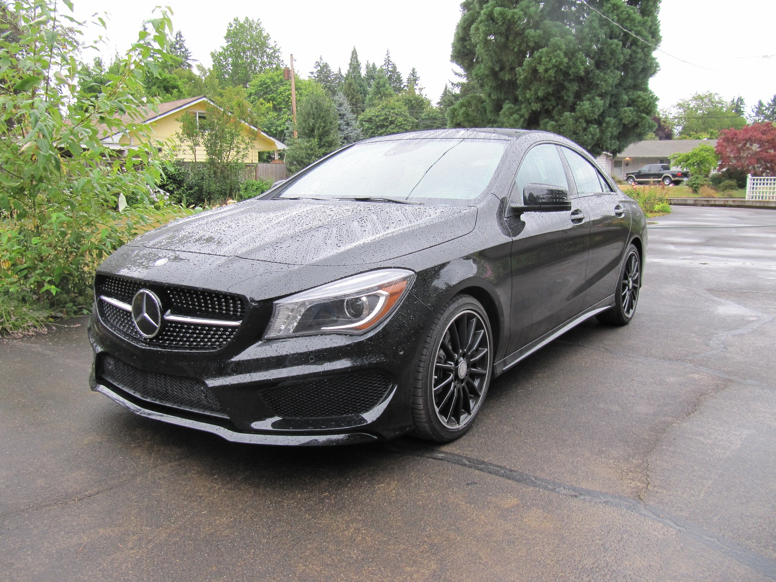 2014 Mercedes Cla Smallest Benz Sees Sky High Demand