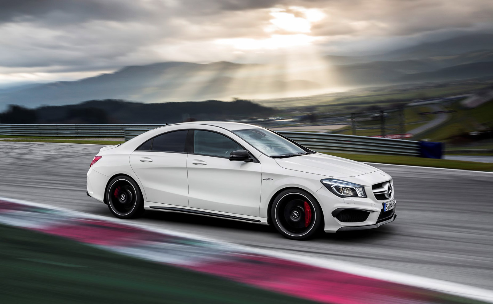Mercedes Benz mercedes benz cla 45 : 2014 Mercedes-Benz CLA45 AMG: Best Car To Buy 2014 Nominee