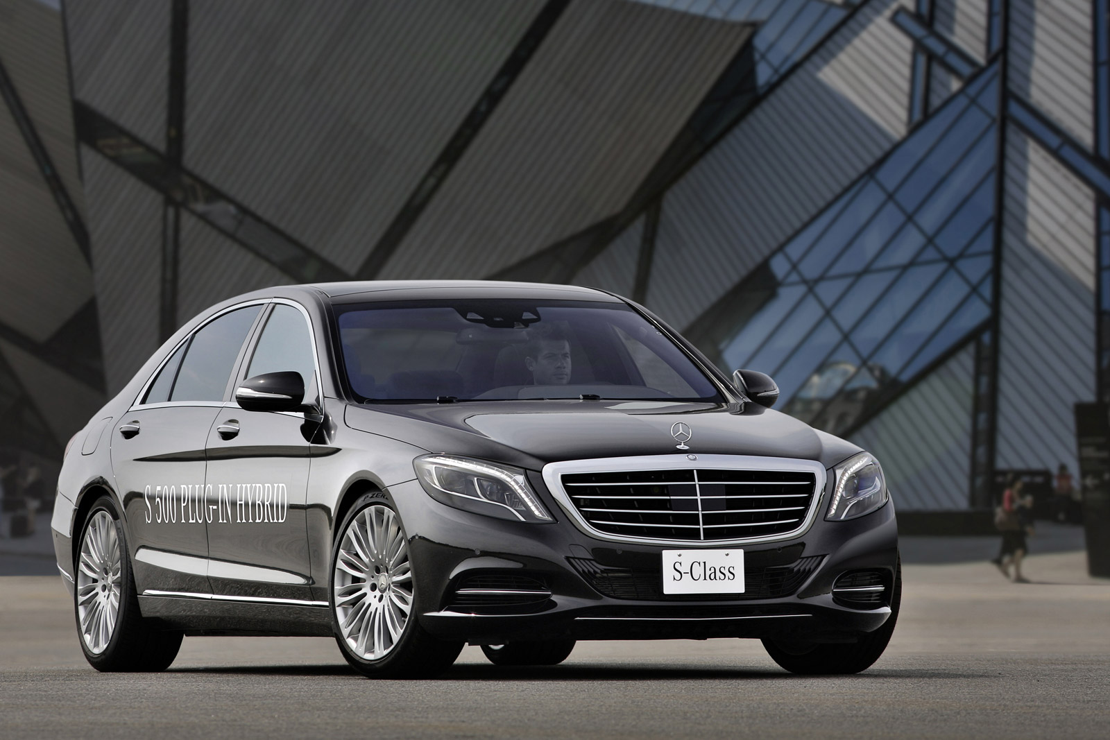 Mercedes-Benz S500 Plug-In Hybrid Beats Original Acceleration, Range ...