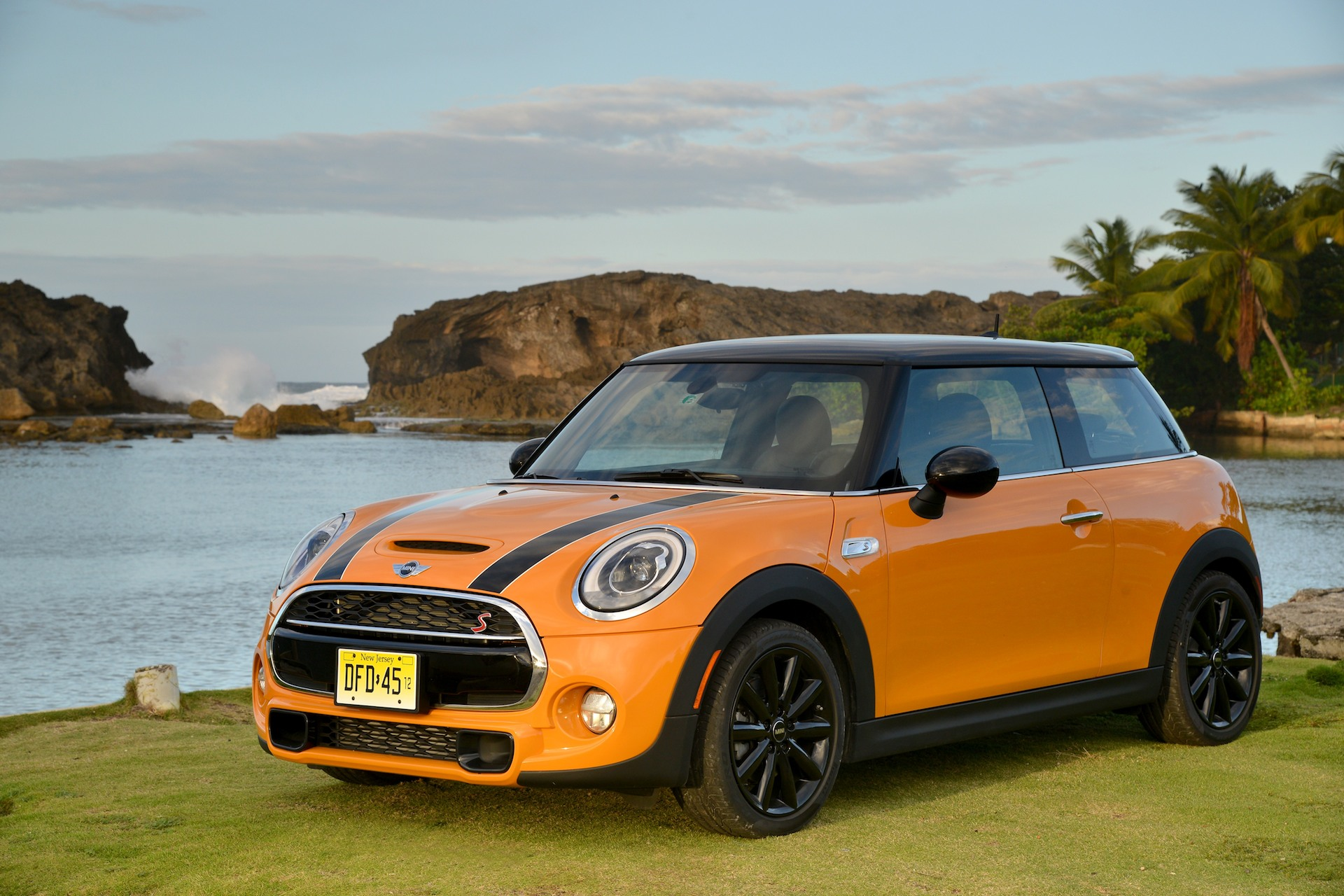 2014 Mini Cooper Bigger Faster More Fuel Efficient And Start