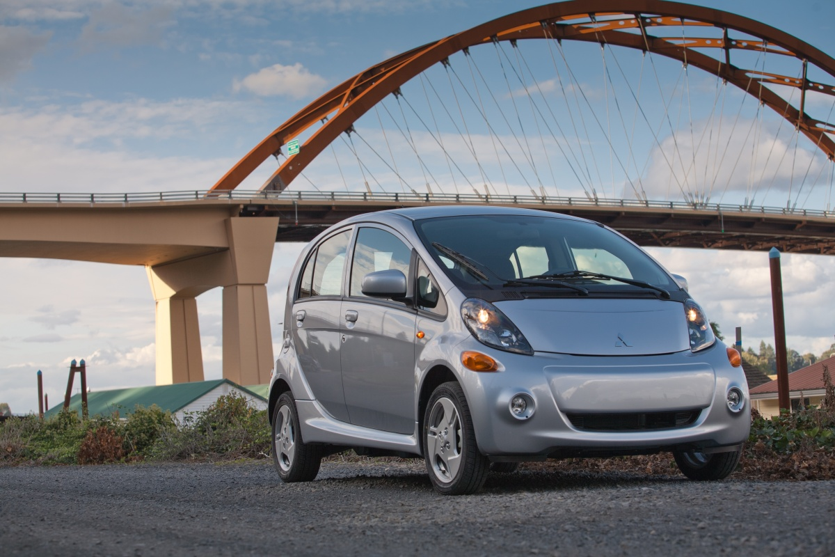 2016 mitsubishi i miev electric minicar to start deliveries this month update