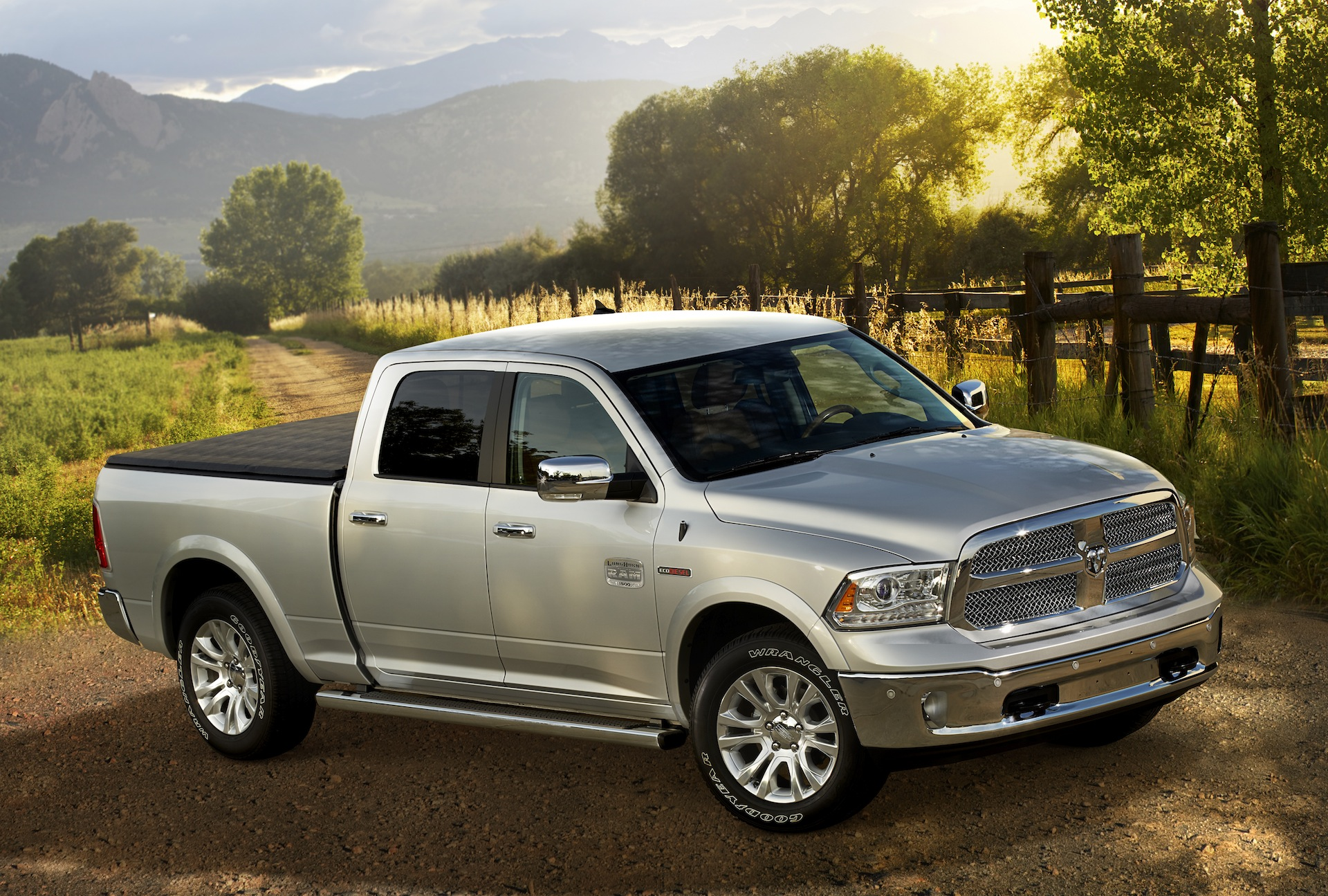 Diesel Pickup Trucks >> Diesel Pickup Trucks From Chevy Ford Nissan Ram Ultimate