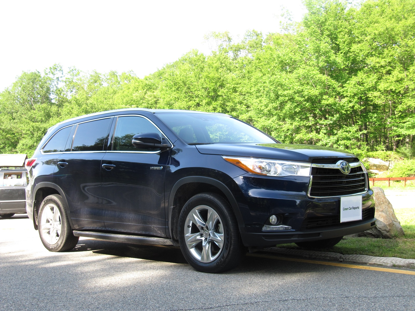 2014 Toyota Highlander Hybrid: Gas Mileage Review