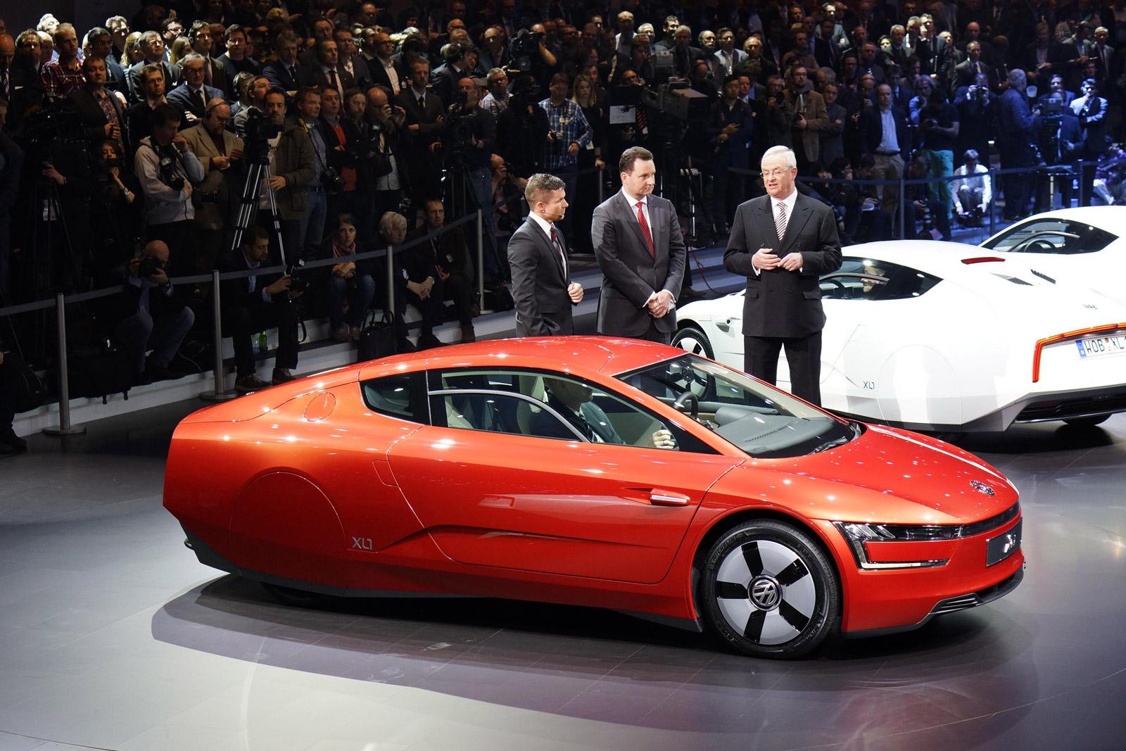 Volkswagen Xl1 Diesel Plug In Hybrid Live Photos From Geneva