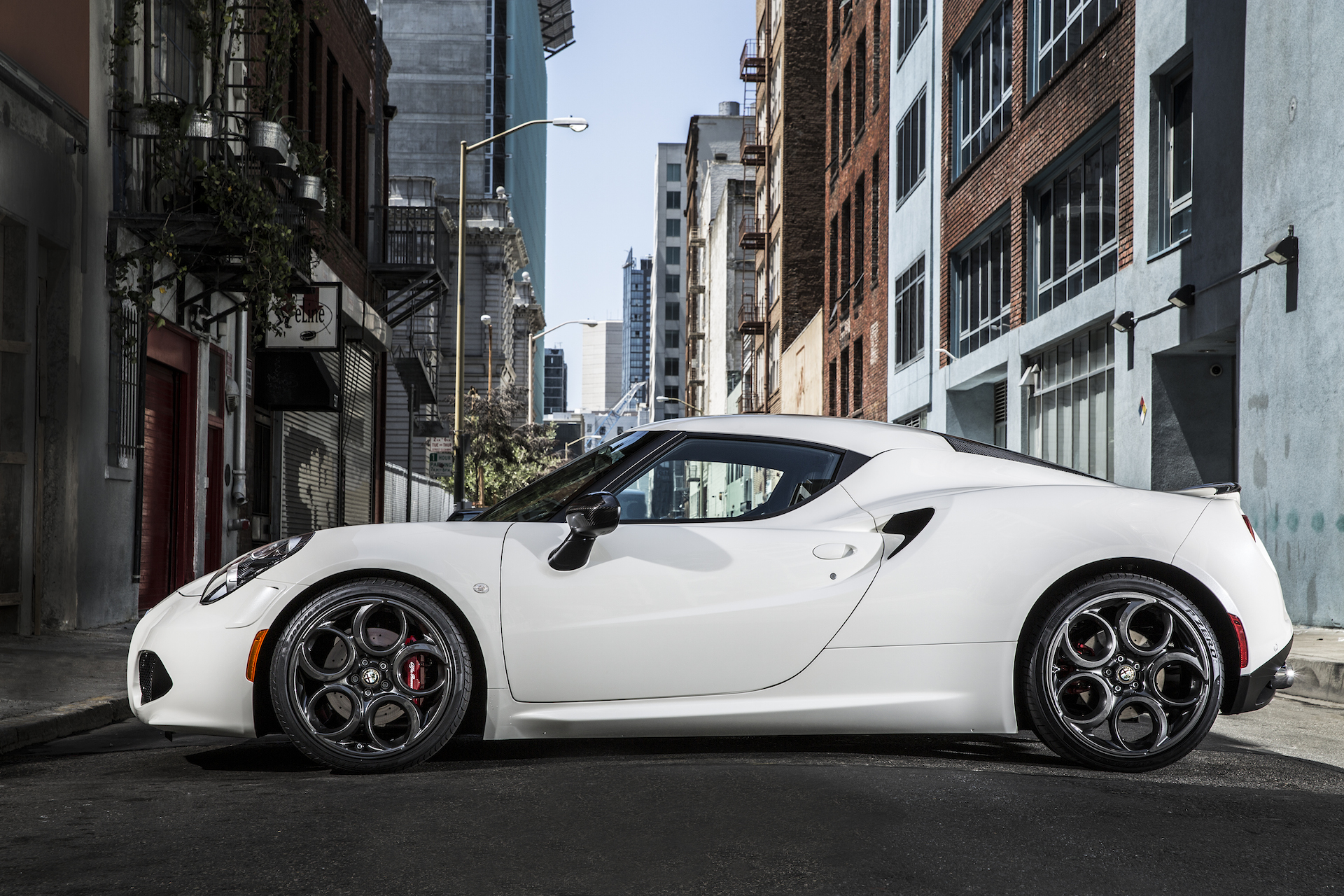 2015 Alfa Romeo 4C: Best Car To Buy 2015 Nominee