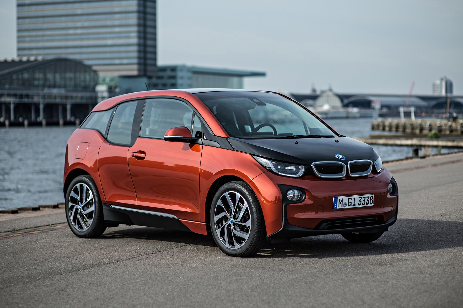 bmw i3 electric car to get longer range next year ceo says. Black Bedroom Furniture Sets. Home Design Ideas
