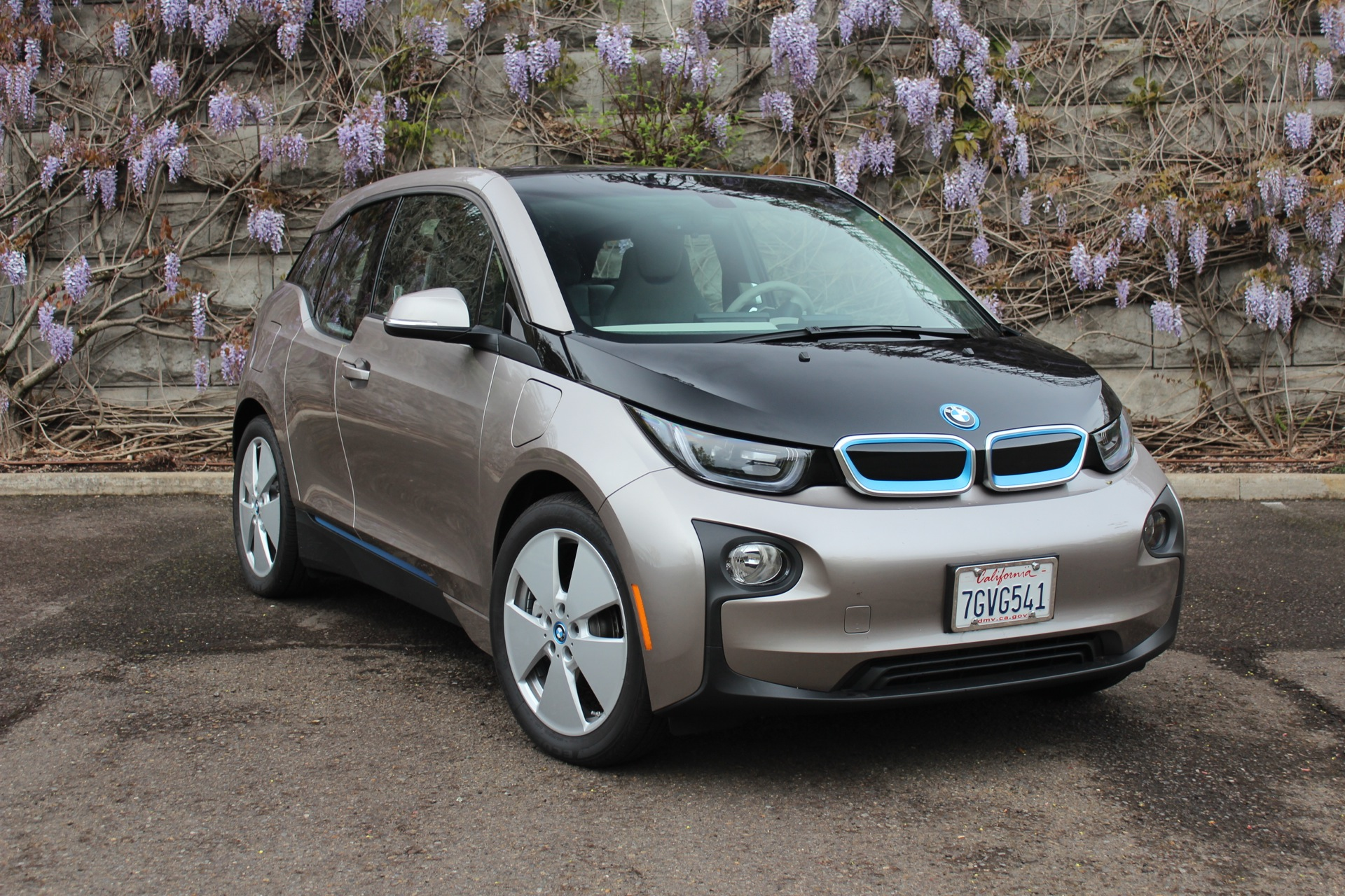 Bmw I3 Electric Car Quirk No Am Radio Offered But Why Update