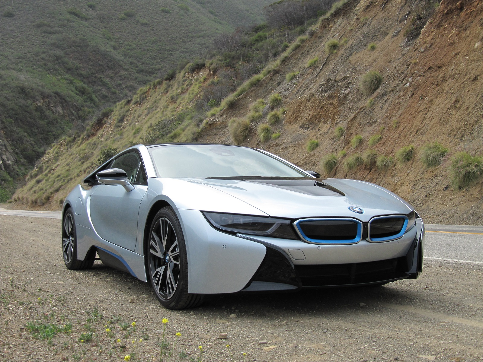 Bmw I8 Plug In Hybrid Sports Car Full Pricing And Options Announced