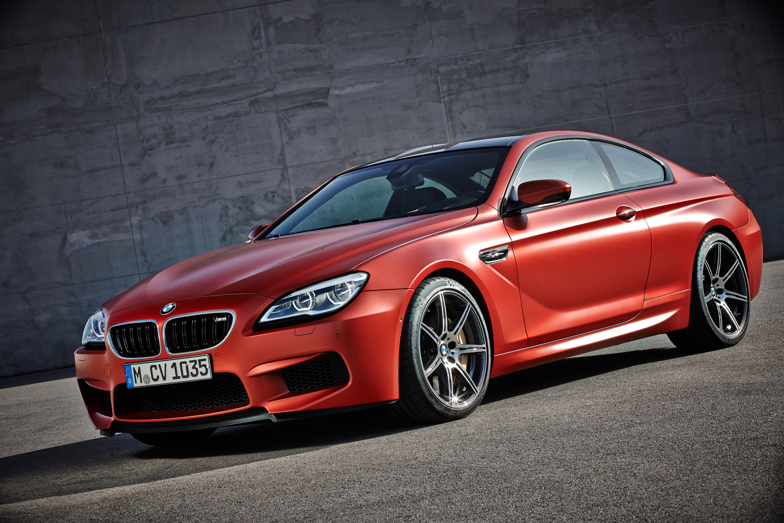 2016 bmw m6 gets revised styling more standard equipment. Black Bedroom Furniture Sets. Home Design Ideas