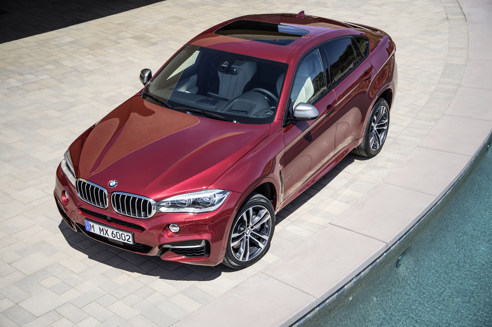 First Look At 2015 Bmw X6 S M Sport Package And X6 M50d Variant