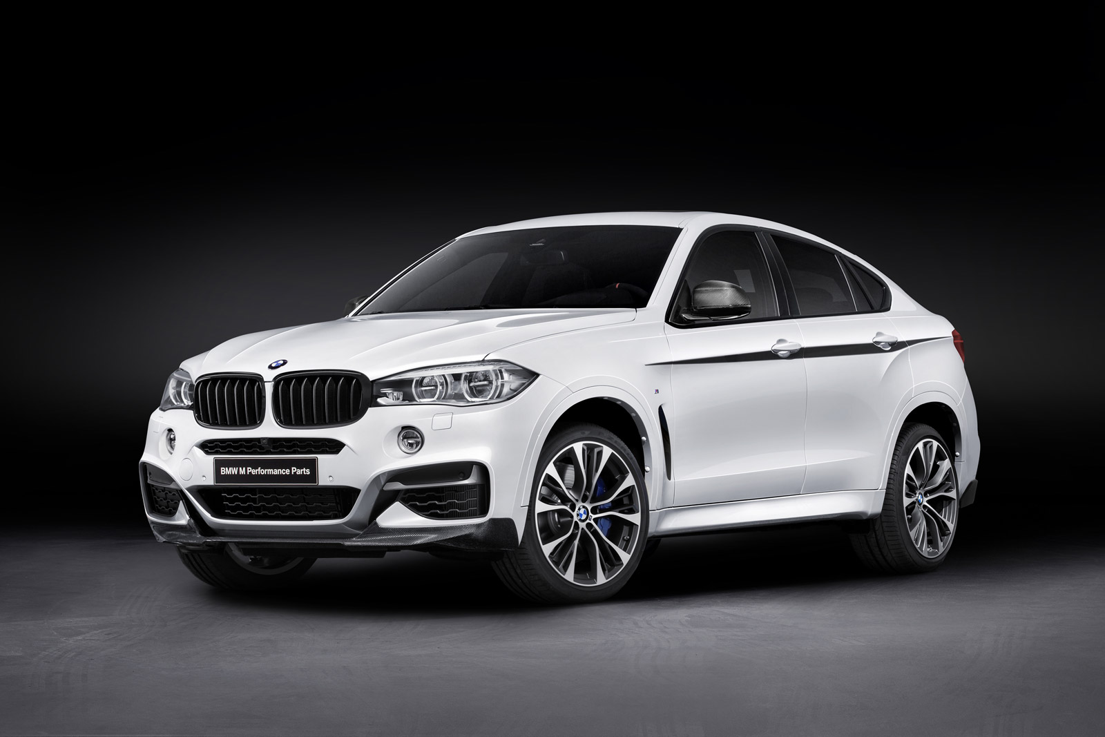 2015 Bmw X6 Gets M Performance Upgrades