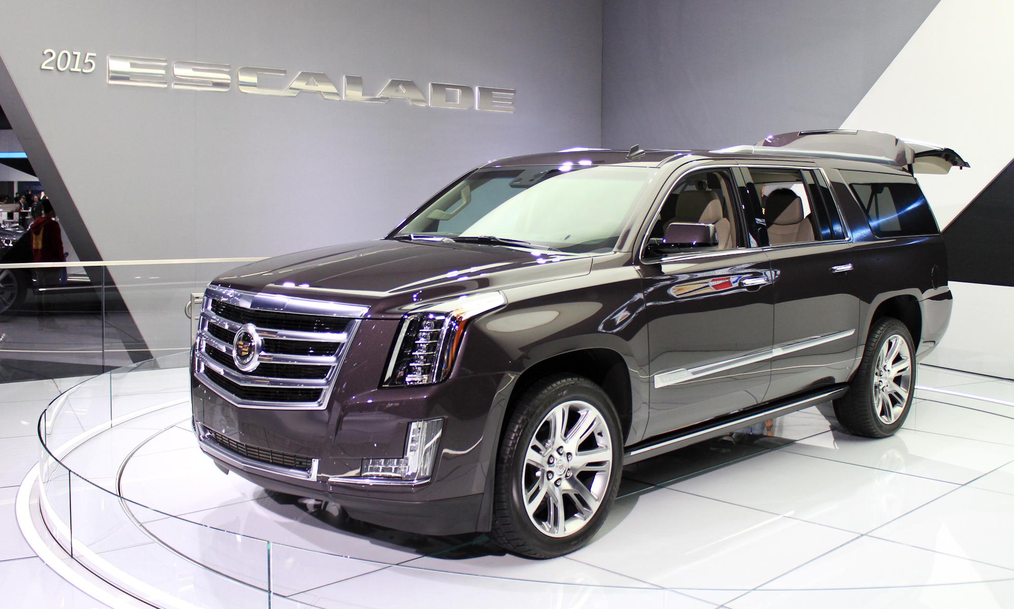 2015 Cadillac Escalade More Power Luxury Efficiency Live Photos