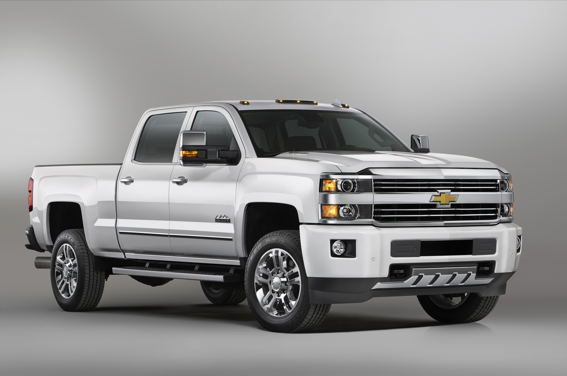 2017 Chevrolet Silverado Hd Saddles Up For High Country