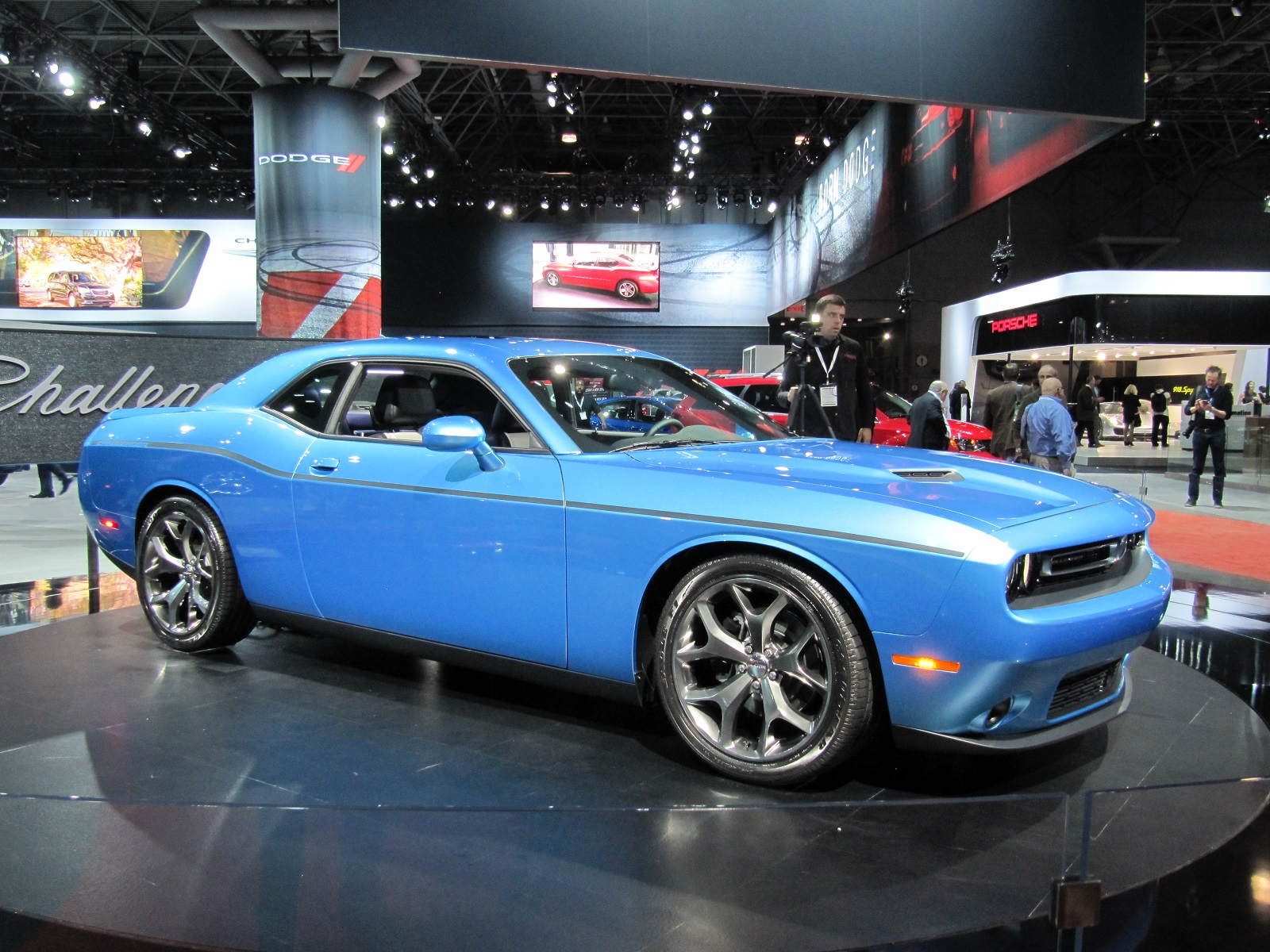 2015 Dodge Challenger Video Preview