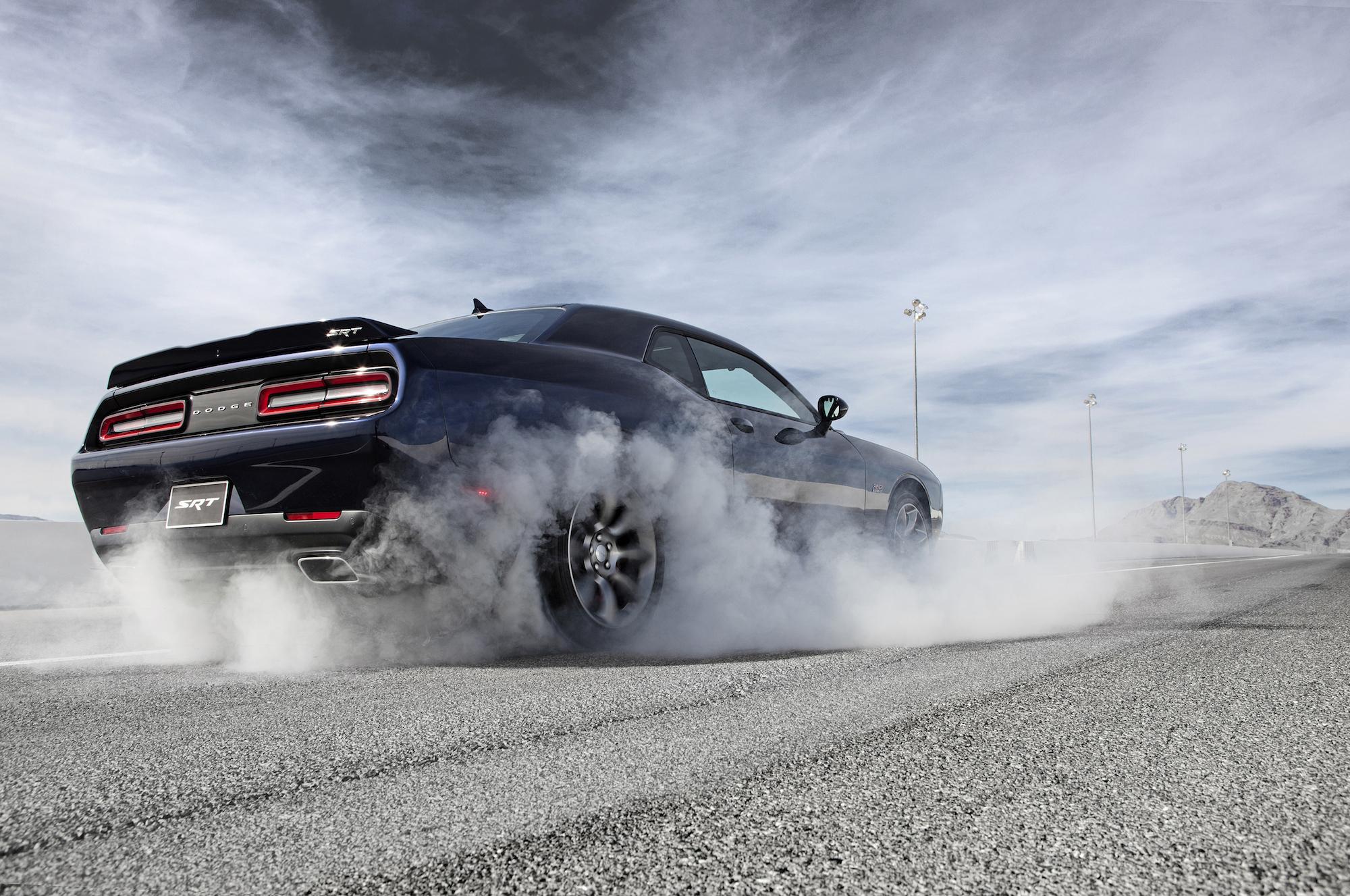 2015 Challenger SRT, 2015 Charger SRT, Ferrari SP America: This Week's Top Photos