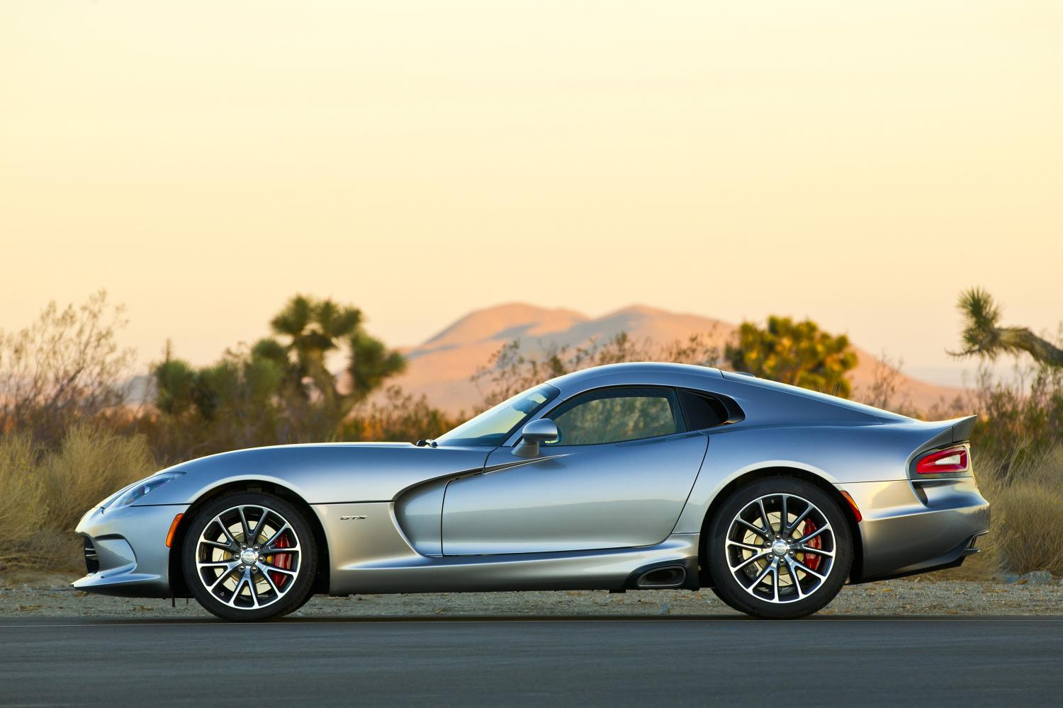 Pricing Released For Full 2015 Dodge Viper SRT Lineup