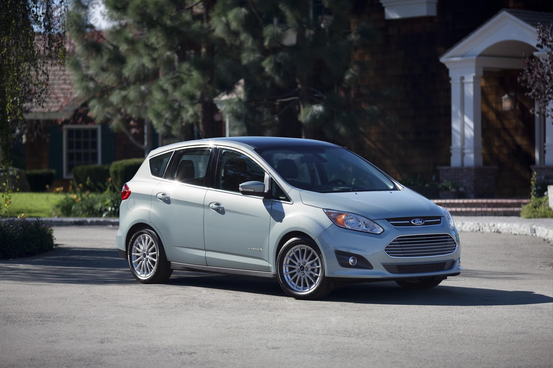 2015 Ford C-Max Ads To Downplay Twice-Cut Gas Mileage, Focus On Fun, Tech