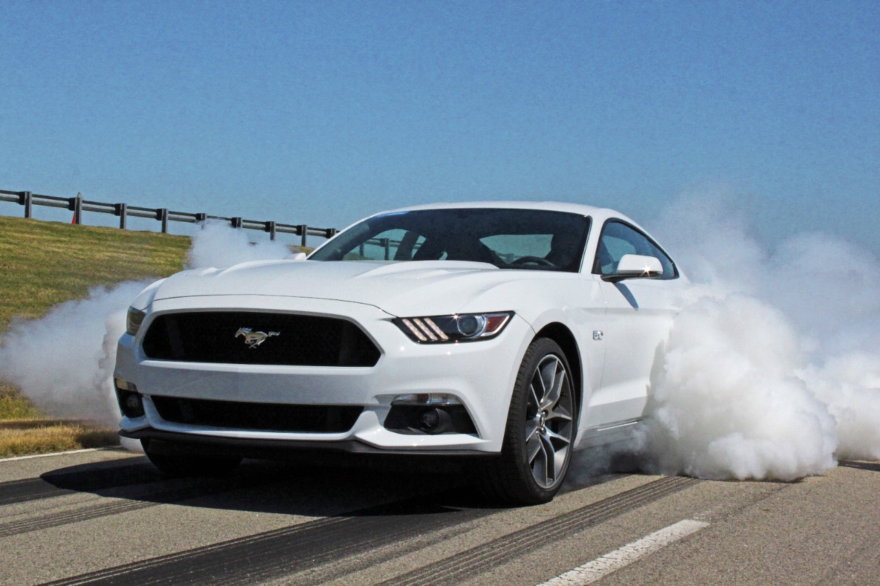 New 2015 ford mustang specs ecoboost gets 310 hp weighs 3532 lbs more