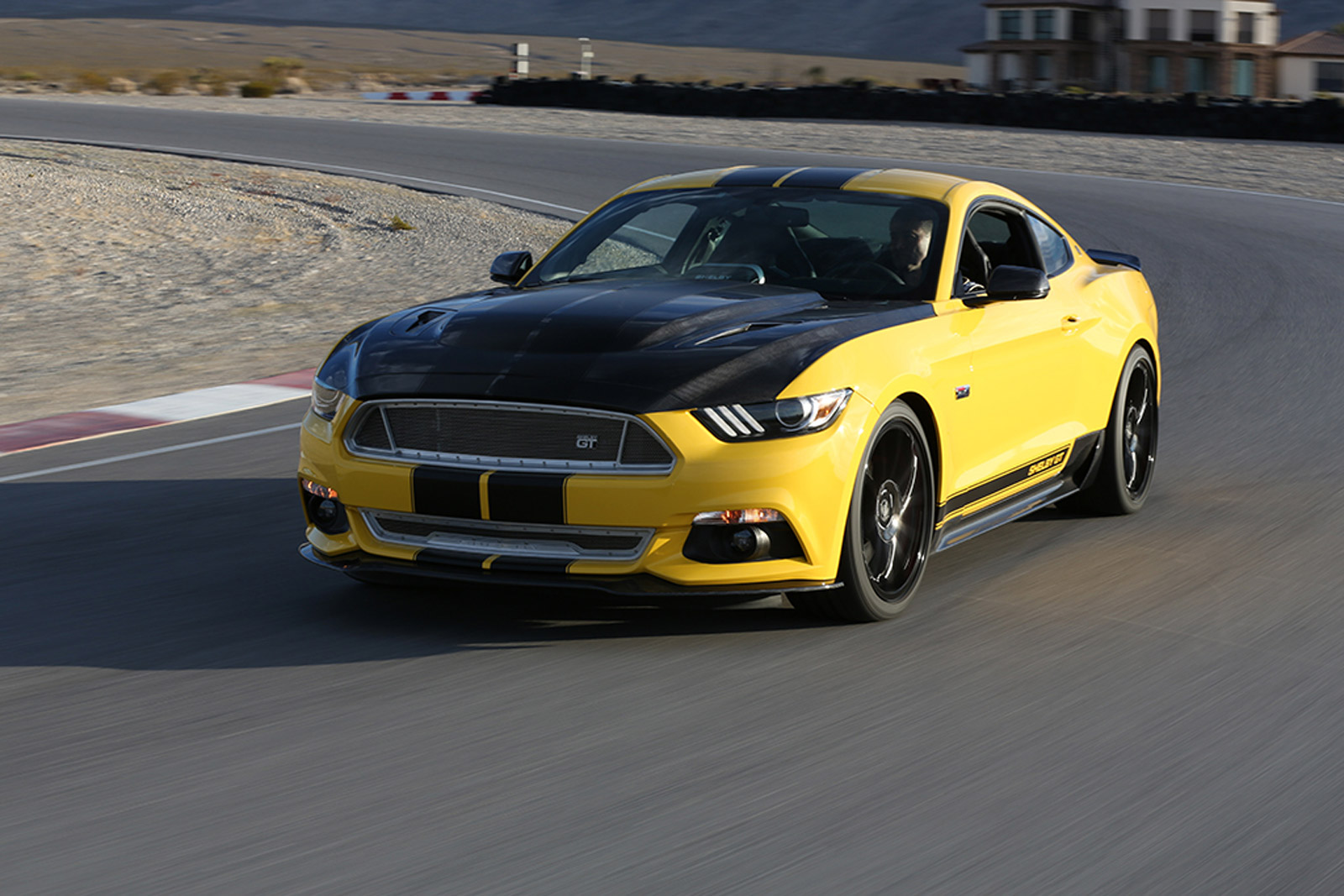 Safest Cars Of 2015, 2016 Lincoln MKX, 2015 Shelby GT