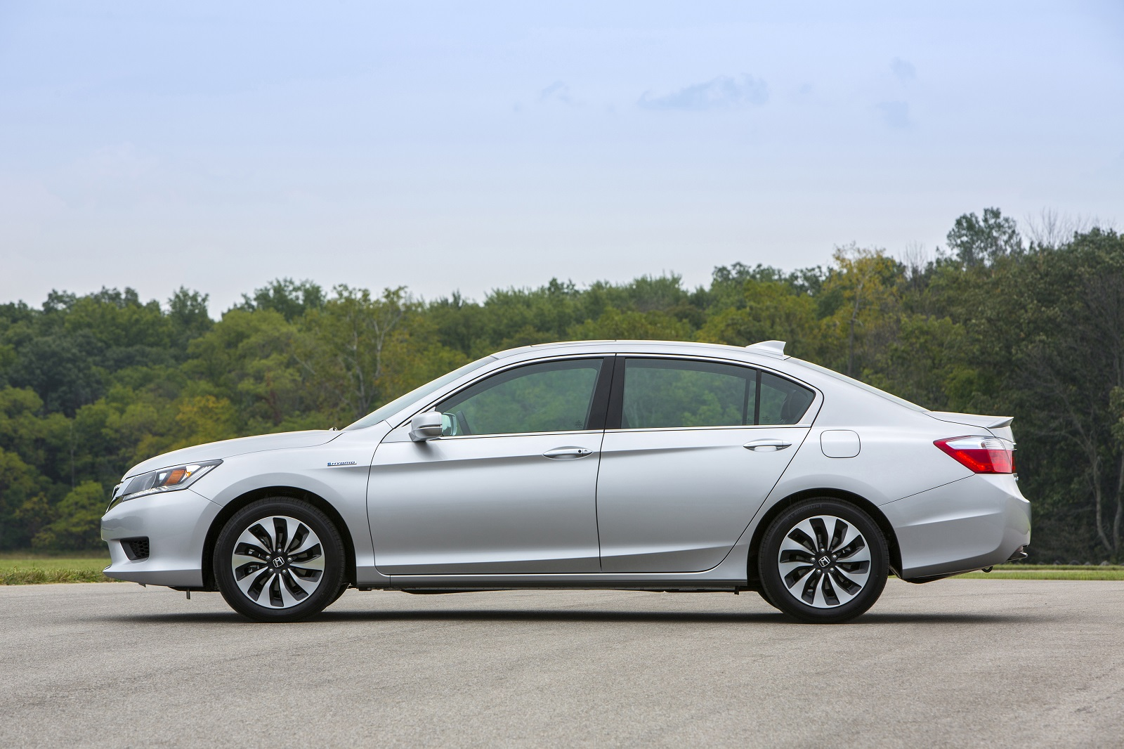 2014 2015 Honda Accord Hybrid Recalled For Electrical Problem, Disabling Of  Gas Engine