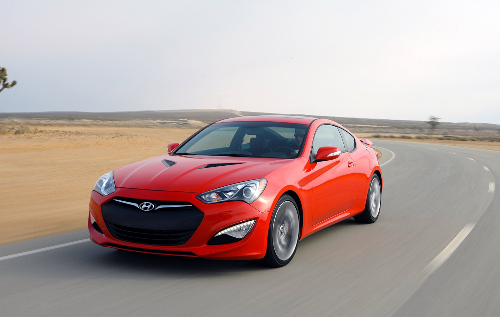 2015 Hyundai Genesis Coupe Drops Four-Cylinder, Gets $27,645 Starting Price