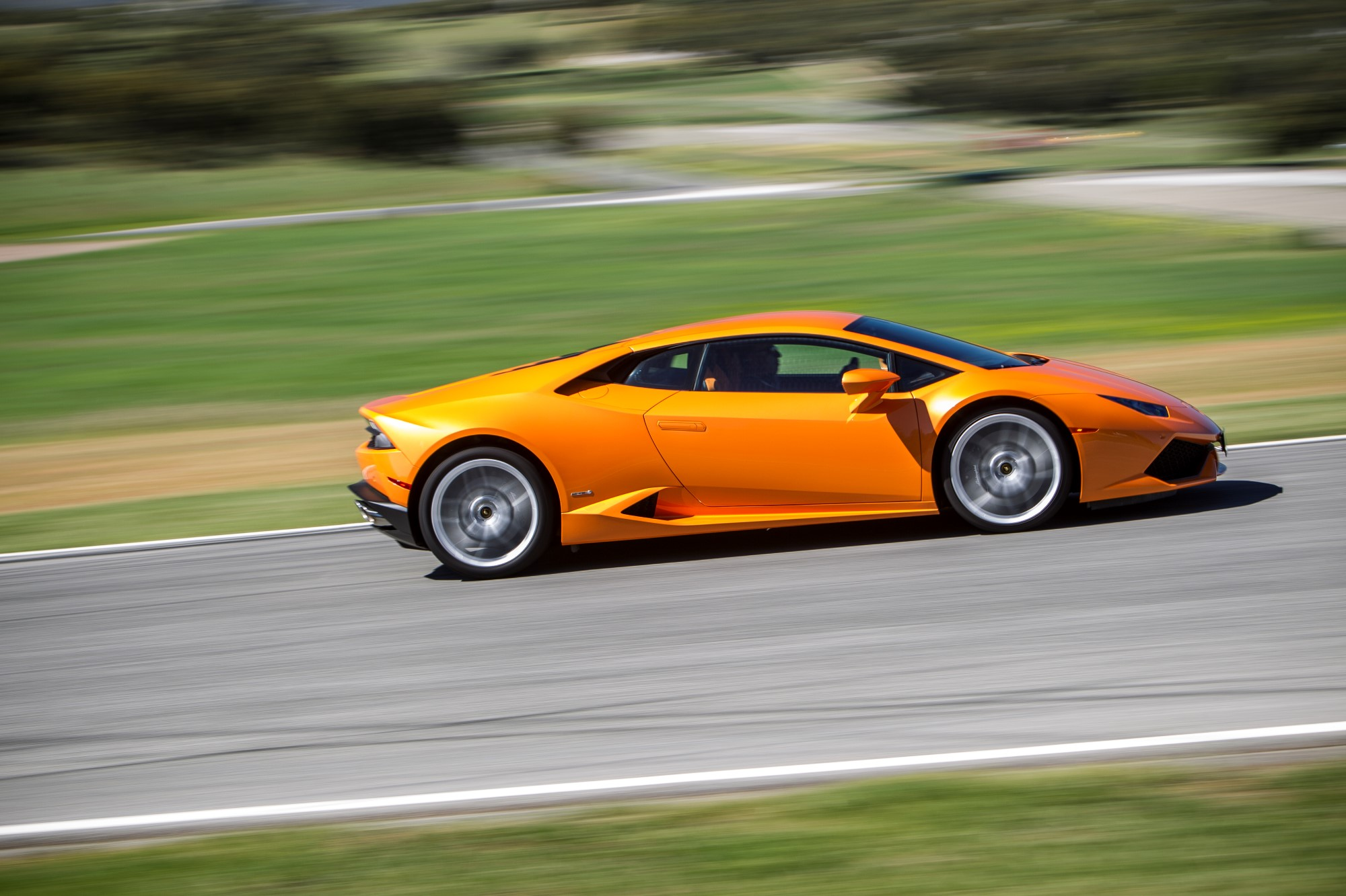 Lamborghini Huracan Hits 1 000 U S Sales 3 000 Global New Record