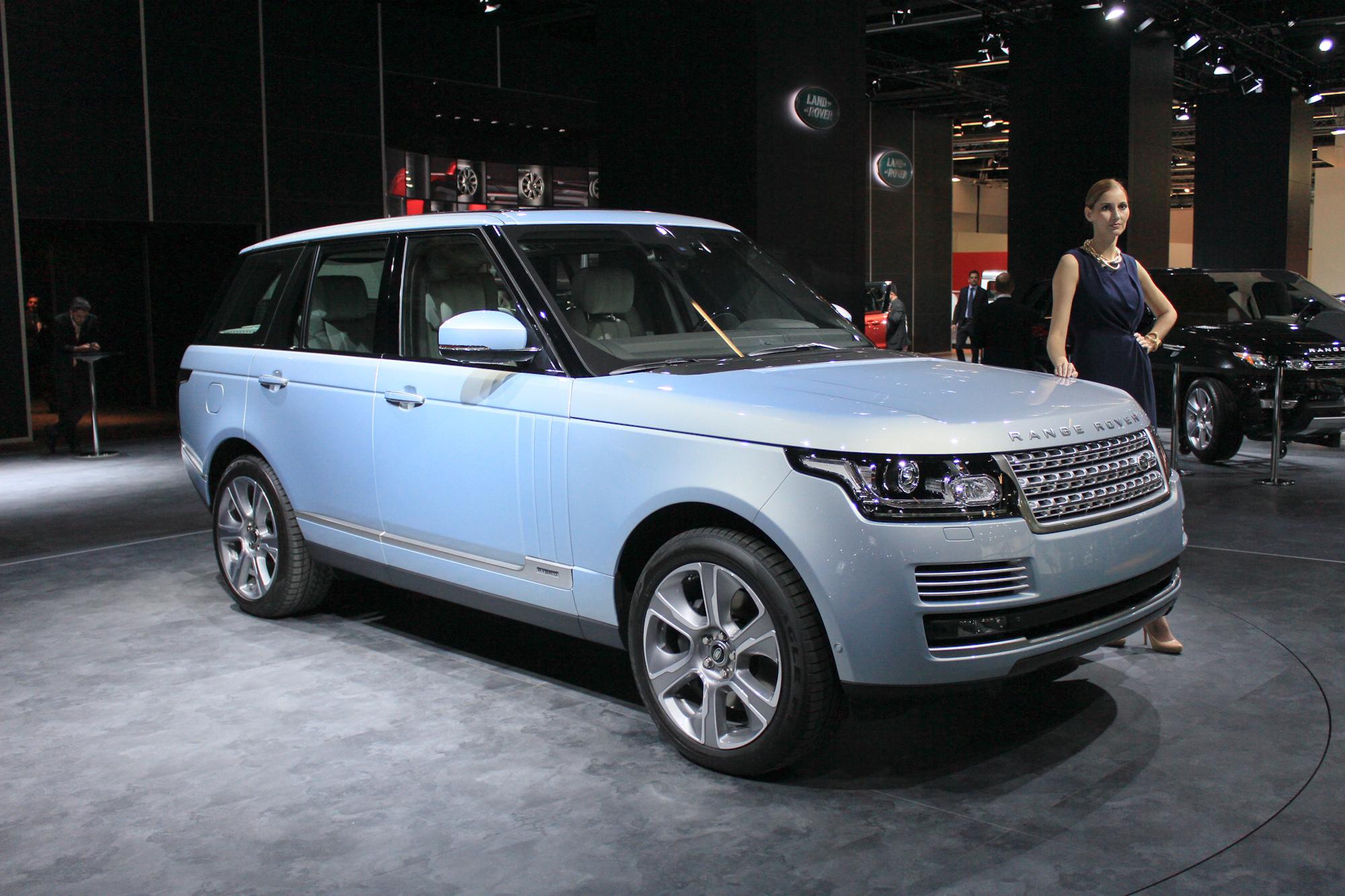 https://images.hgmsites.net/hug/2015-land-rover-range-rover-hybrid-2013-frankfurt-auto-show_100439726_h.jpg