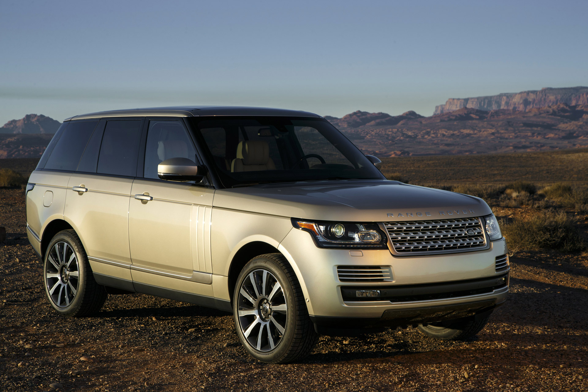 2015 Land Rover Range Rover Review Ratings Specs Prices And Photos The Car Connection