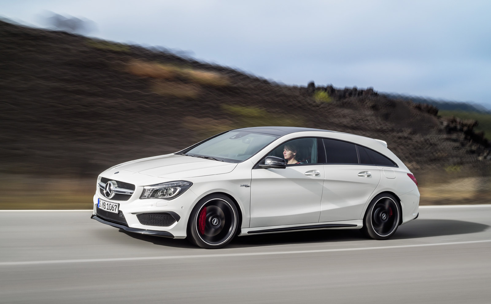 Verbazingwekkend Mercedes-Benz Reveals CLA And CLA45 AMG Shooting Brake HF-28
