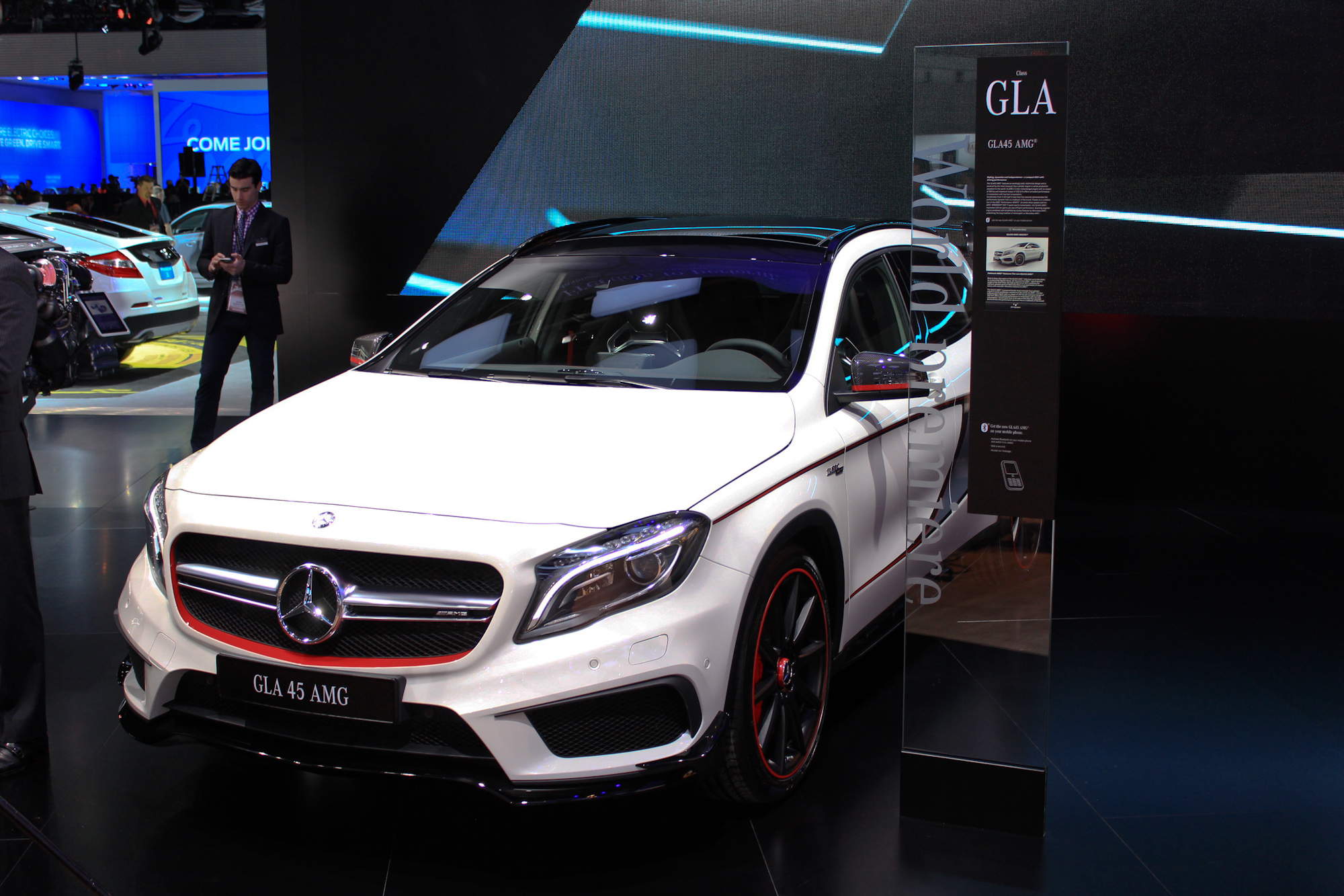 2015 mercedes benz gla45 amg full details live photos video. Black Bedroom Furniture Sets. Home Design Ideas