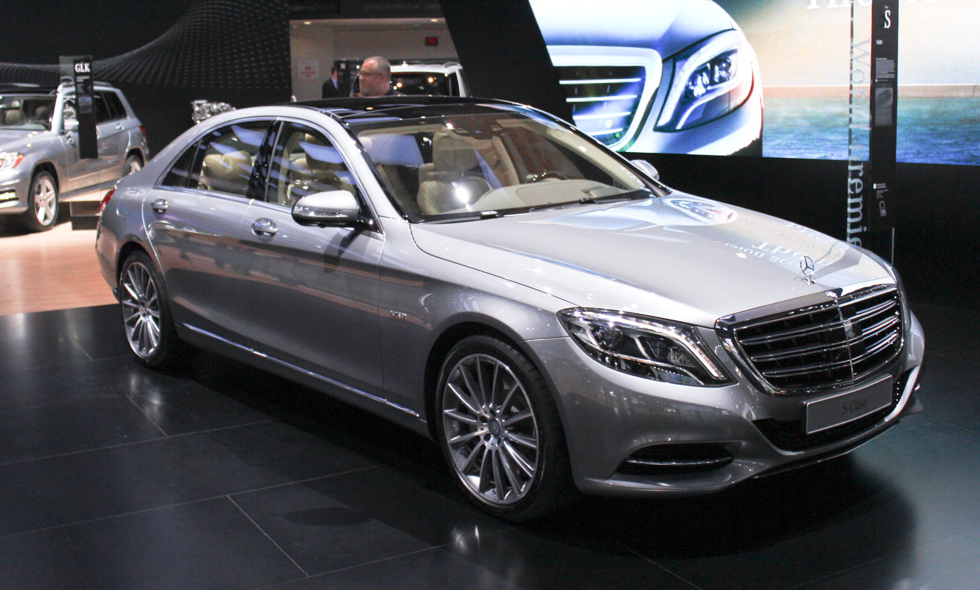 2015 mercedes benz s600 brings v 12 power to detroit