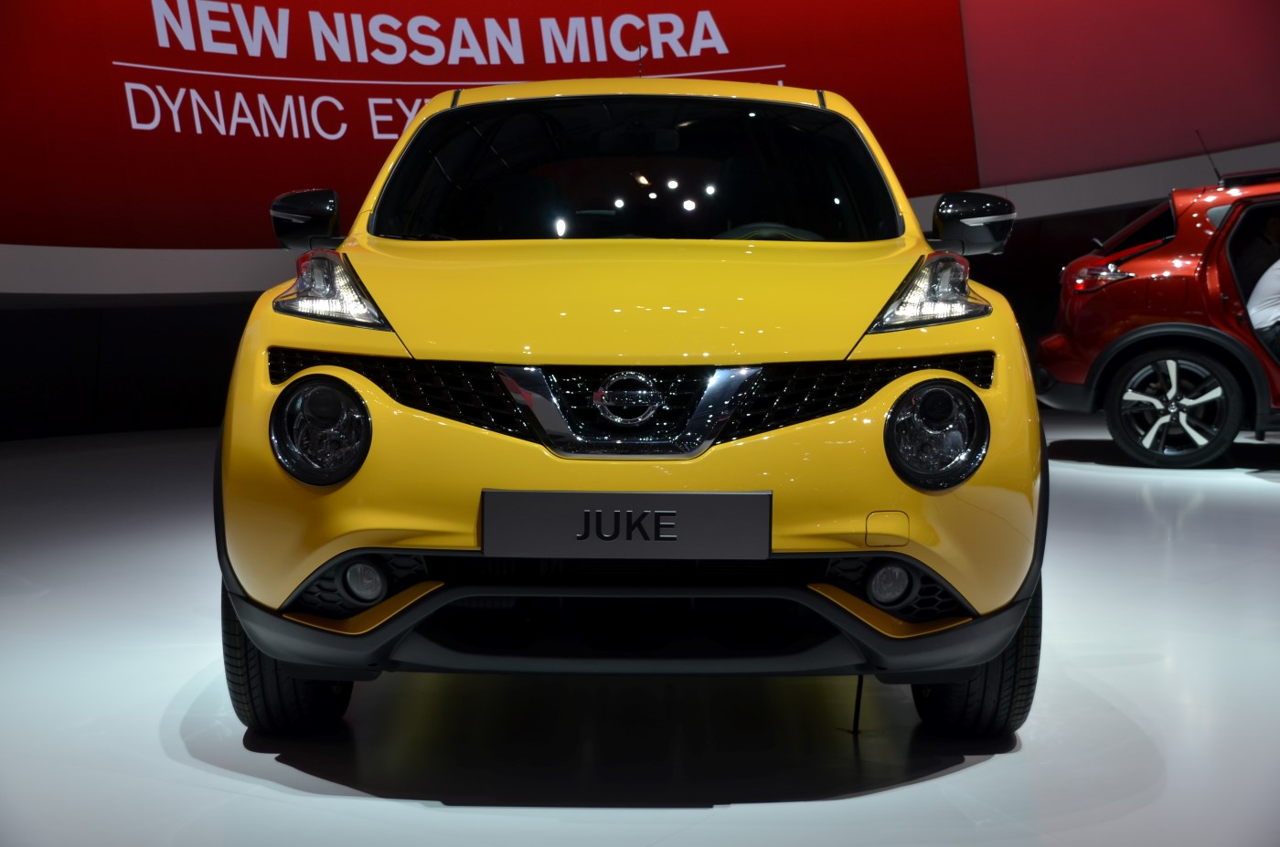 2015 Nissan Juke Gains New Styling Engines In Geneva Video