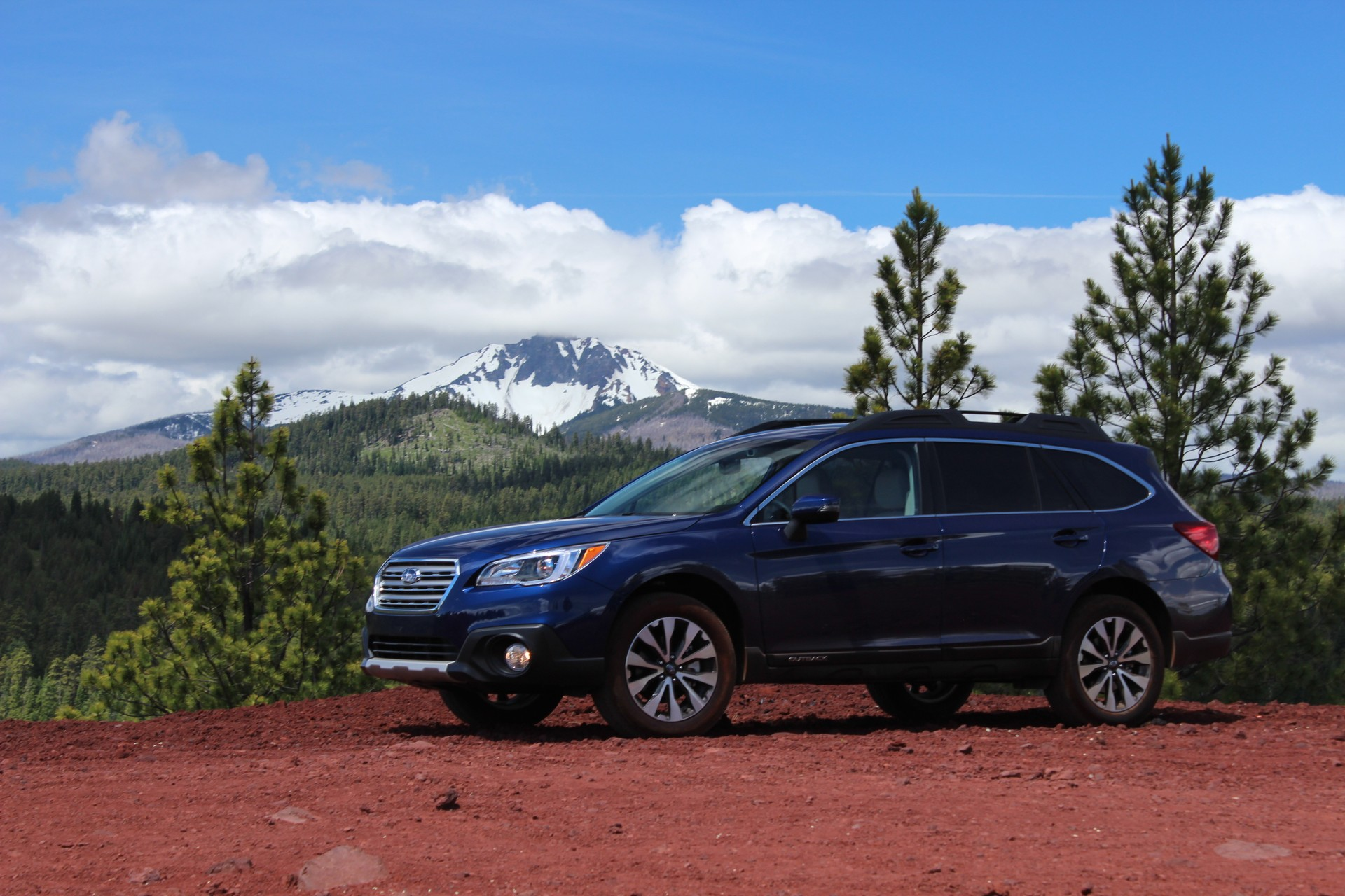 2015 Subaru Outback And Legacy Earn FiveStar Safety Ratings