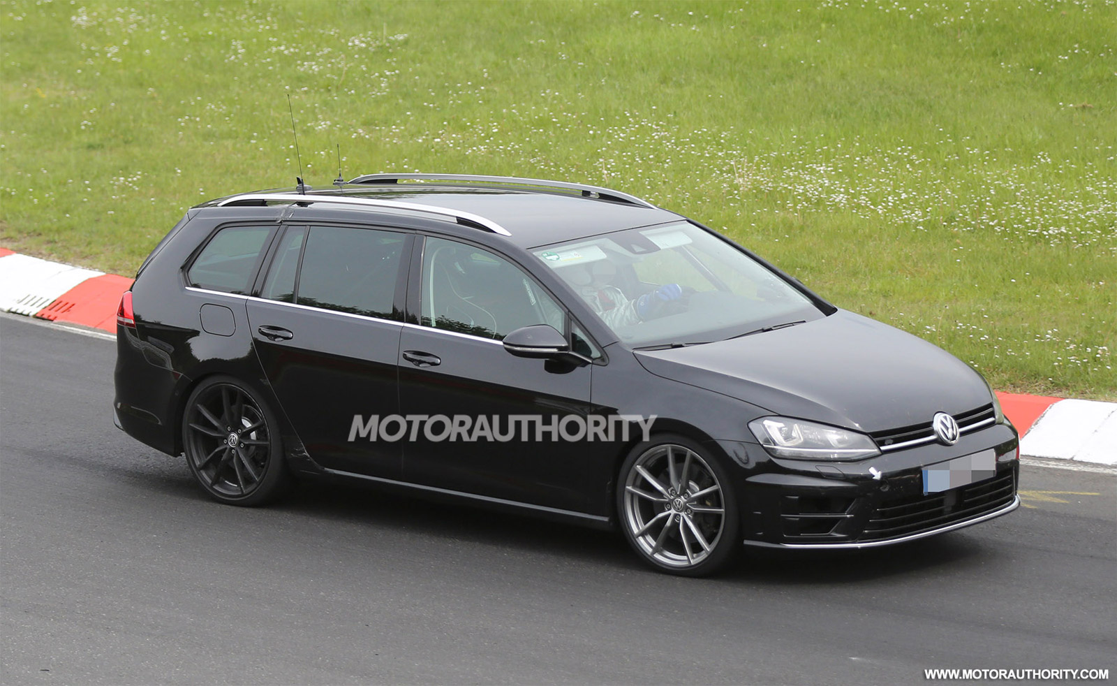 2015 volkswagen golf r wagon spy shots. Black Bedroom Furniture Sets. Home Design Ideas