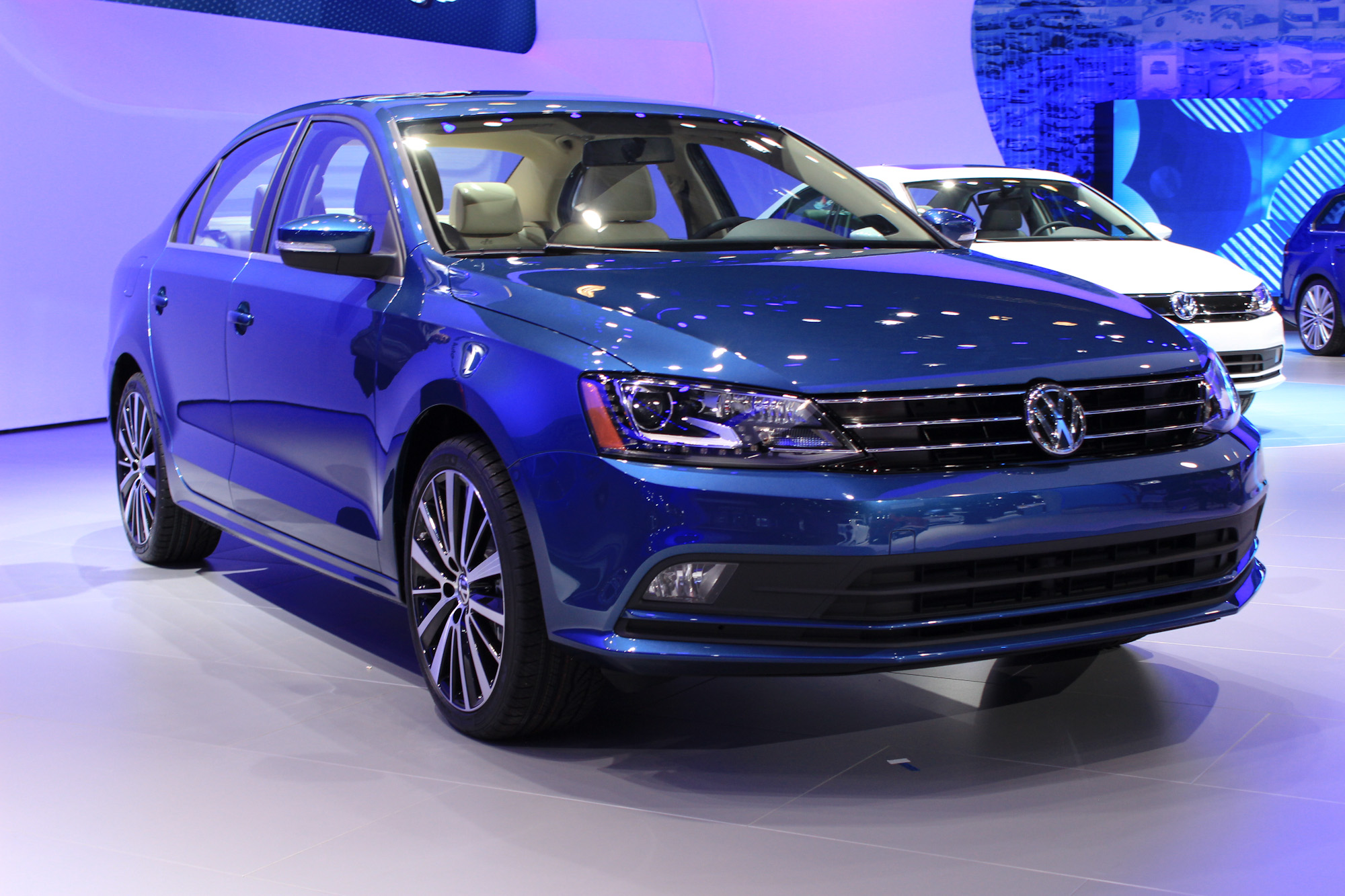 brand new 2015 volkswagen tdi diesels back on sale after modifications. Black Bedroom Furniture Sets. Home Design Ideas
