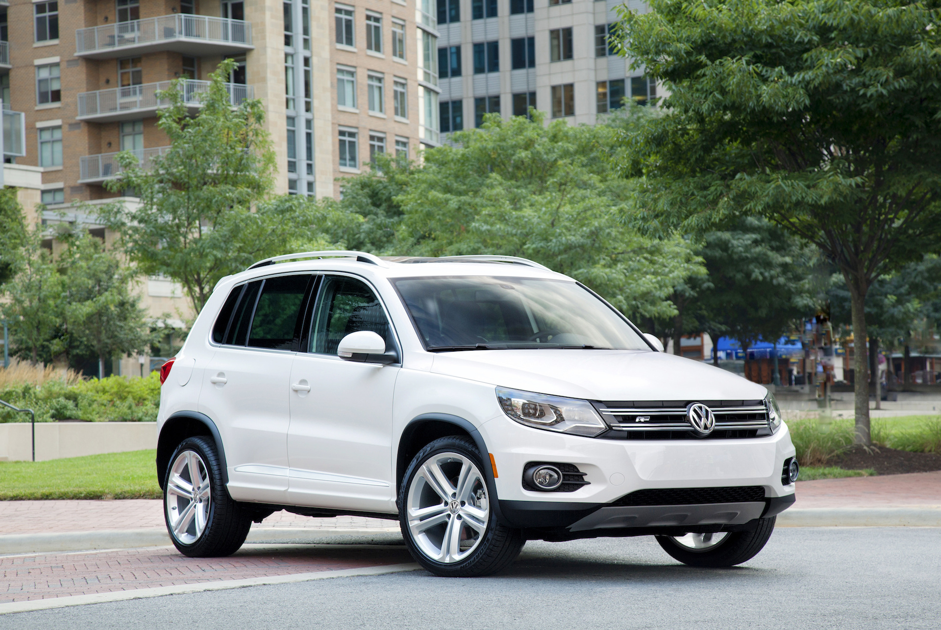 2015 Volkswagen Tiguan (VW) Review, Ratings, Specs, Prices ...