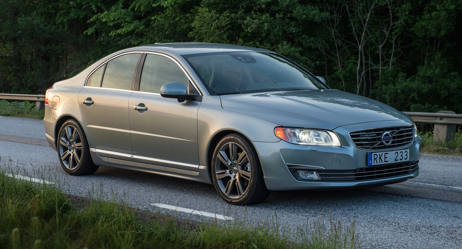2015 Volvo S80 Review Ratings Specs Prices And Photos The Car Connection