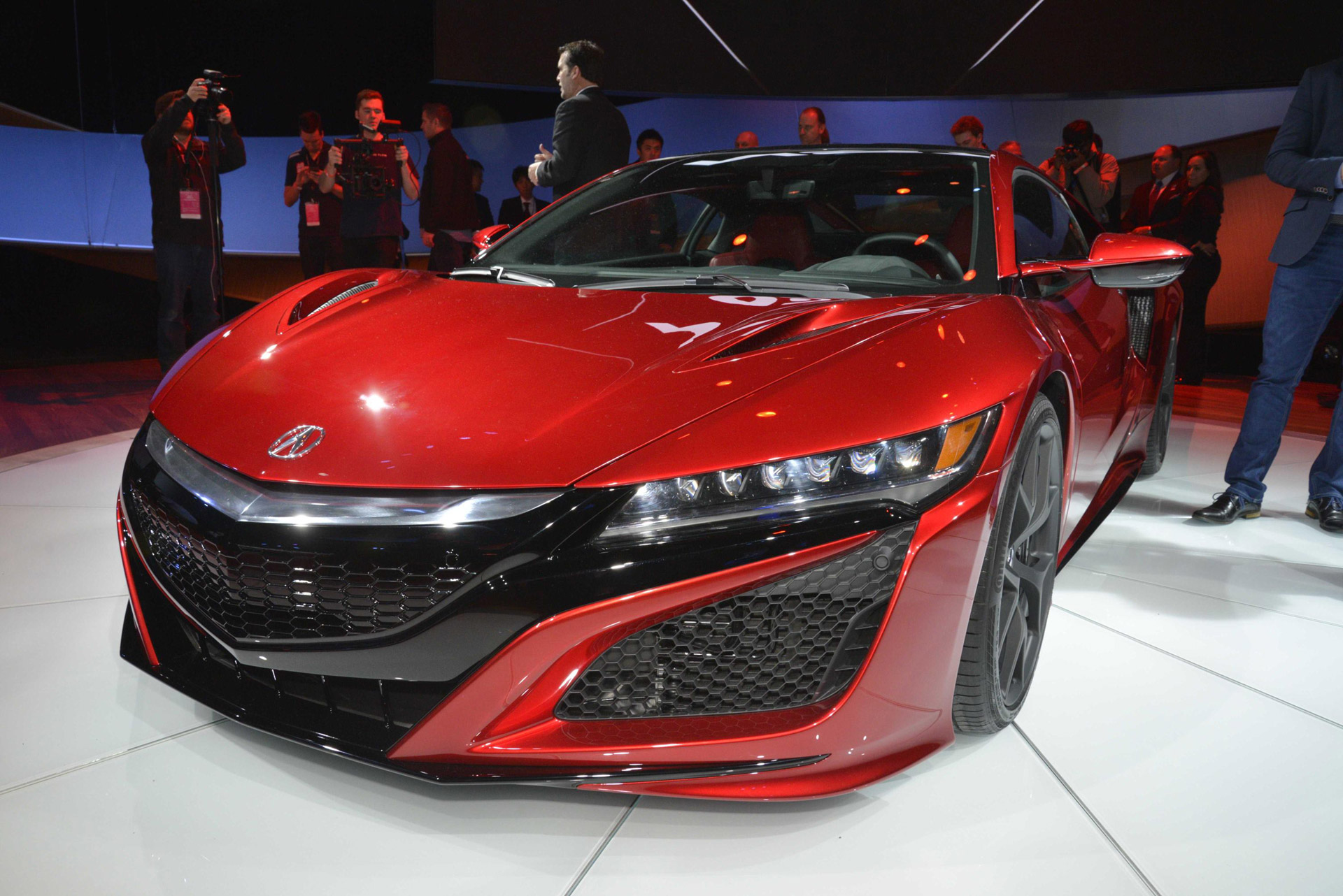 acura nsx supercar unveiled in detroit: this time it's a hybrid!