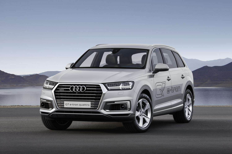 Audi 2016 audi q7 : Gasoline-powered 2016 Audi Q7 e-tron debuts in Shanghai