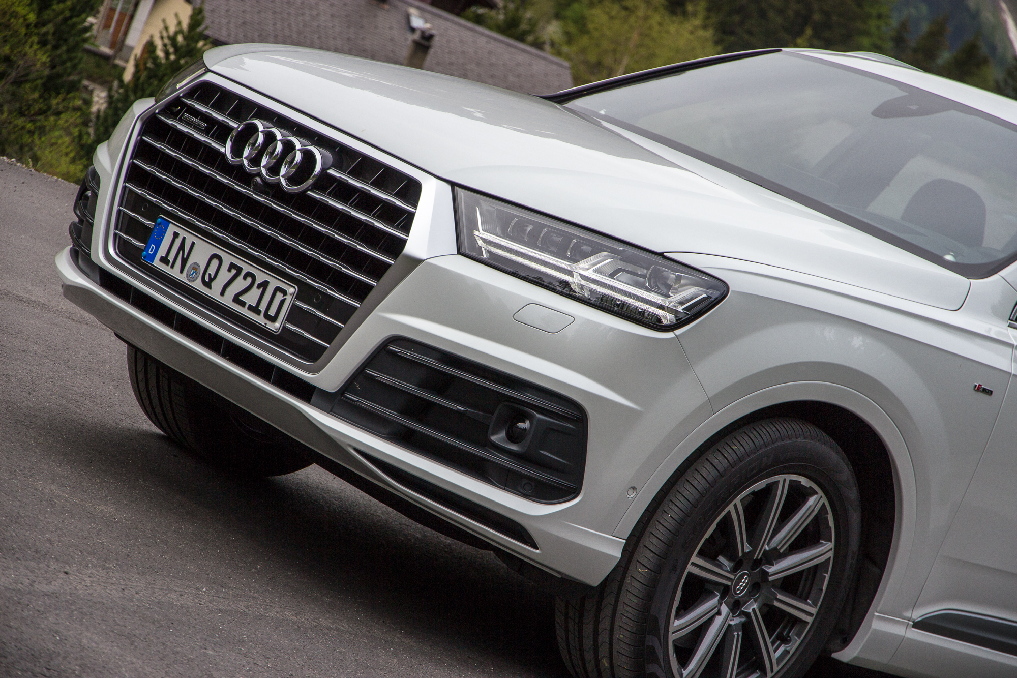 2016 Audi Q8 >> Audi Confirms Q1 For 2016 Electric Q6 For 2018 And Q8 For 2019